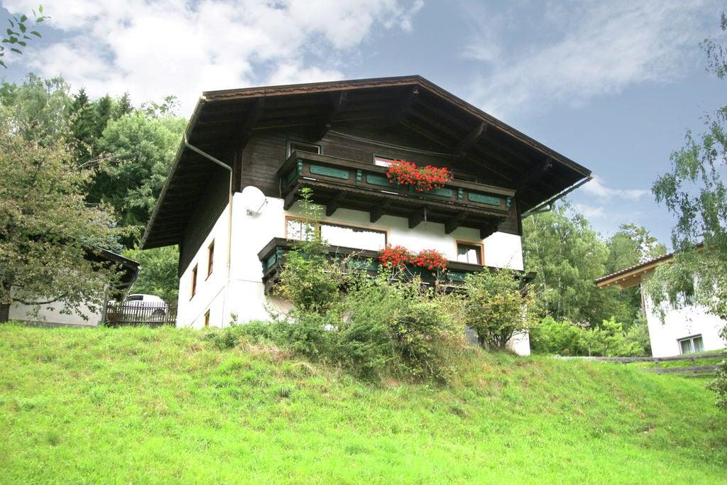 Ruim chalet in Taxenbach met een sauna - Boerderijvakanties.nl