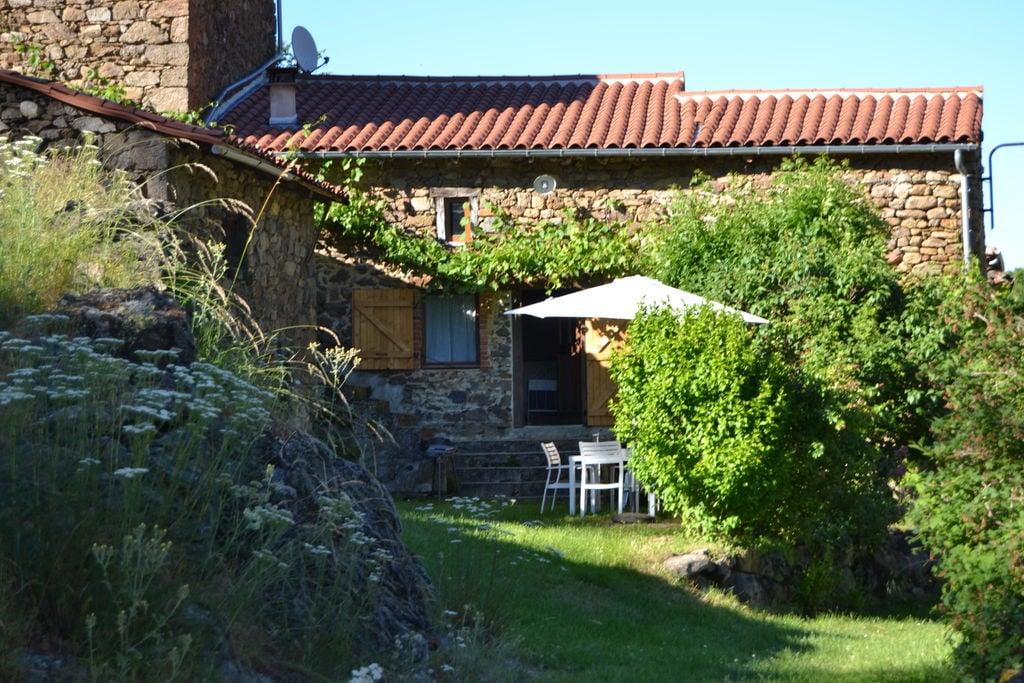 Mooi vakantiehuis in Gorges de l'Allier bij een riviertje - Boerderijvakanties.nl