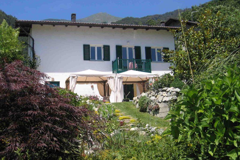 Appartement met een prachtig panorama-uitzicht bij het dorp Roncegno Terme - Boerderijvakanties.nl