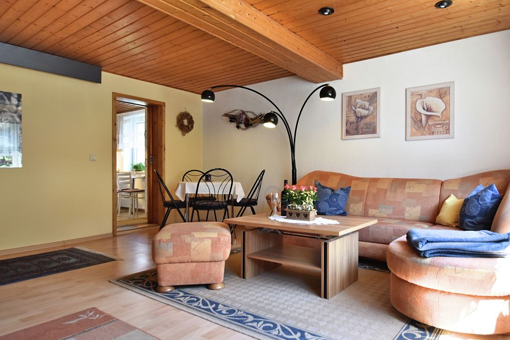 Comfortabel appartement met tuin en terras, midden in het Thüringer Woud - Boerderijvakanties.nl