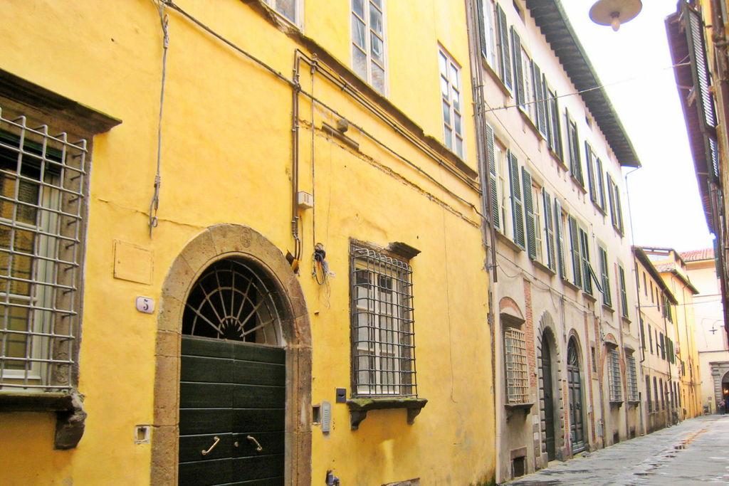 Vakantiewoningen Lucca te huur Lucca- IT-55100-03   met wifi te huur