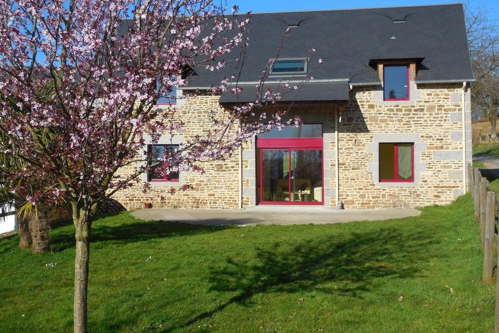 Modern plattelandsvakantiehuis in Normandië met grote tuin - Boerderijvakanties.nl