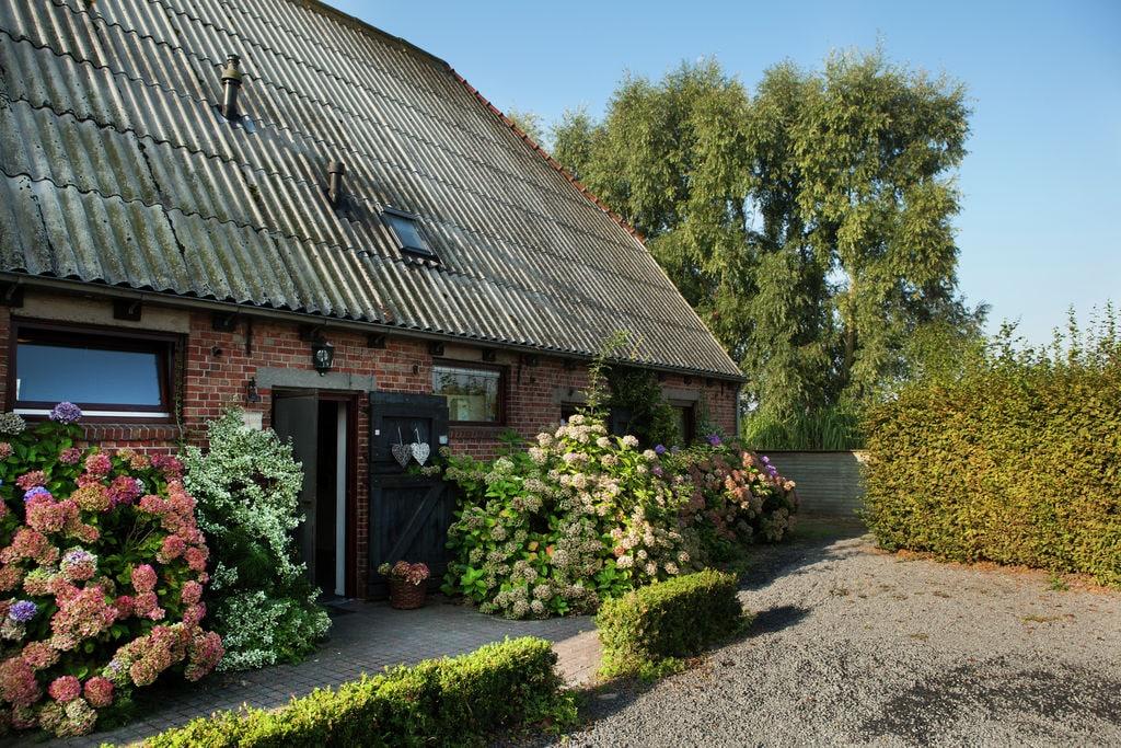 Zeer mooi, ruim en comfortabel appartement, uitkijkend op boomgaarden - Boerderijvakanties.nl
