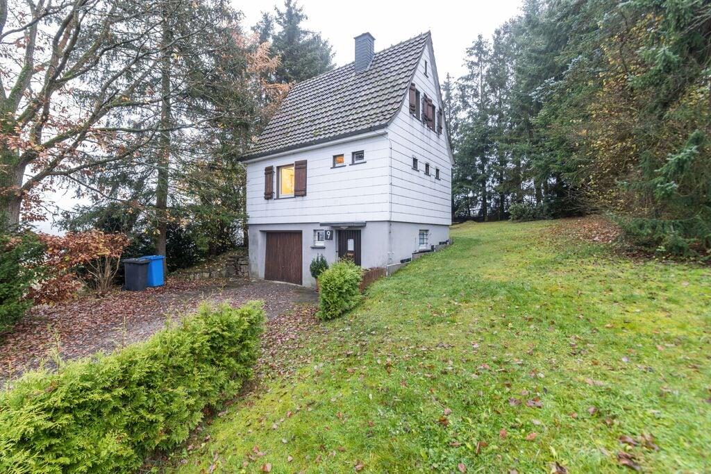 Rustig vakantiehuis in Willingen midden in de natuur - Boerderijvakanties.nl