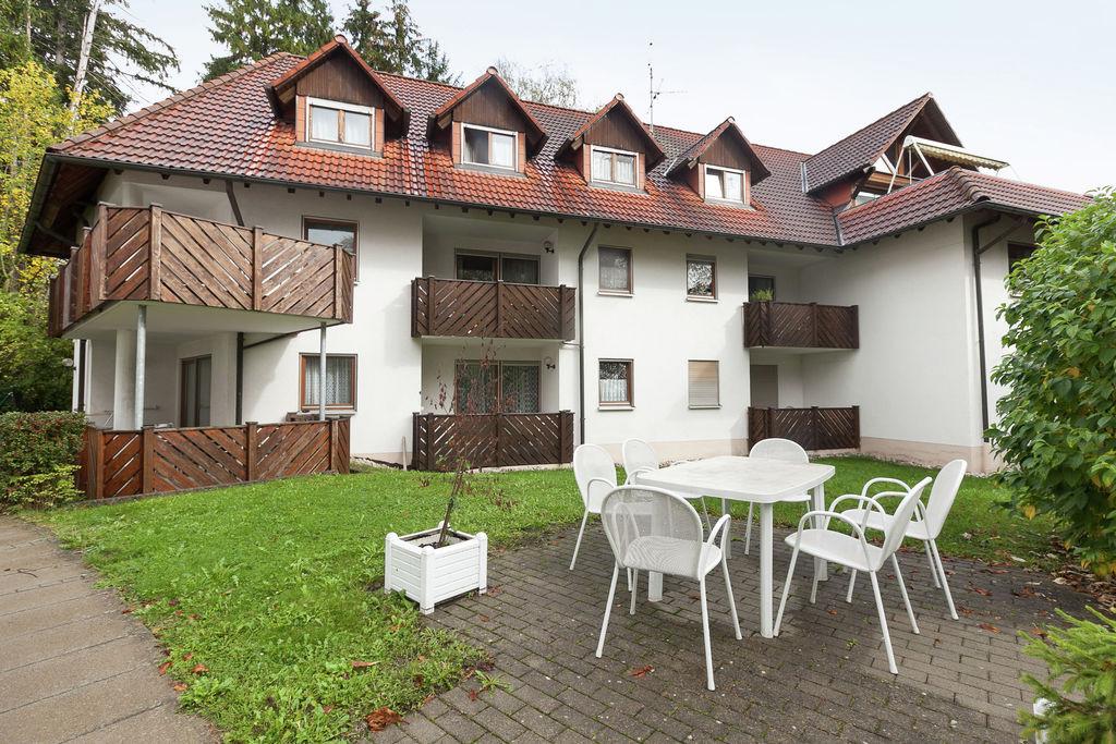 Ruim appartement in Bad Dürrheim vlak bij het Kurpark - Boerderijvakanties.nl