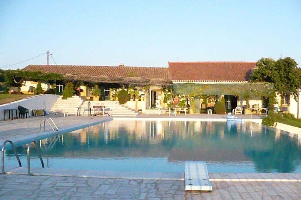 Boerderij huren in Alentejo - met zwembad  met wifi met zwembad voor 9 personen  Casa do Forge is een hoekhuis met ..