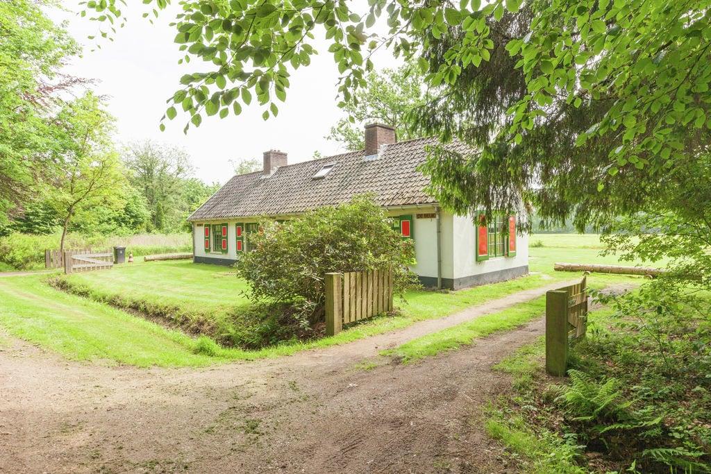Knus vakantiehuis in Baarn dicht bij het bos - Boerderijvakanties.nl