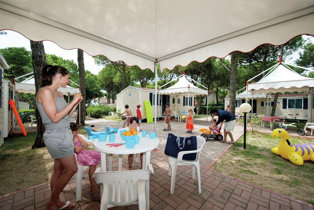 Cavallino- Chalet met zwembad  met wifi te huur