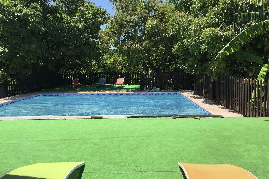 Traditionele woning in Jimena de la Frontera met een zwembad - Boerderijvakanties.nl