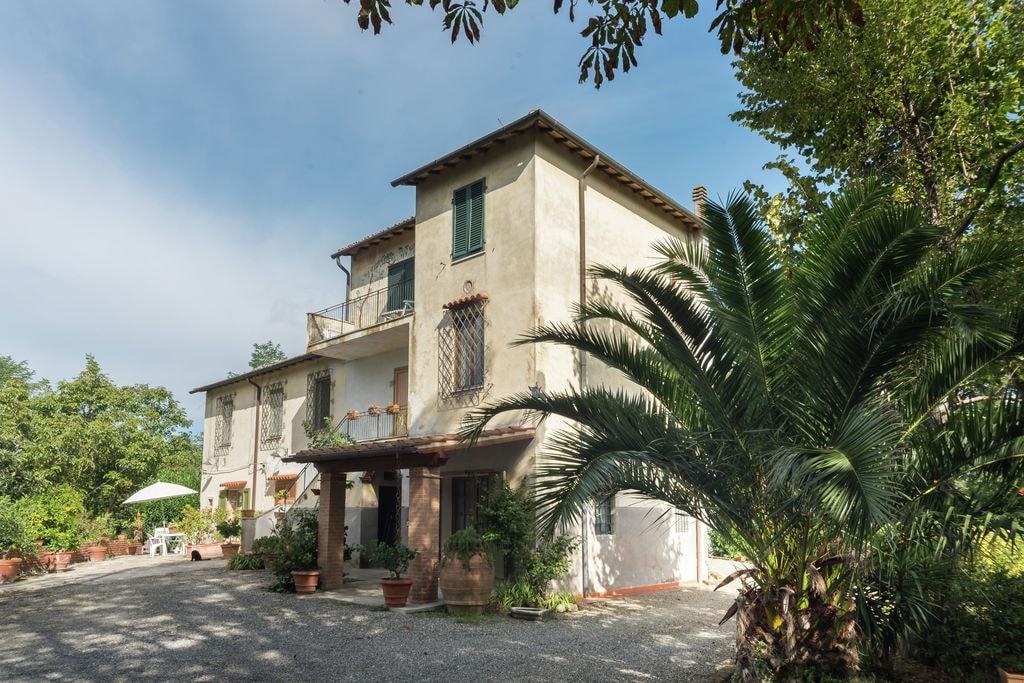 Authentiek vakantiehuis in Toscane met grote tuin - Boerderijvakanties.nl