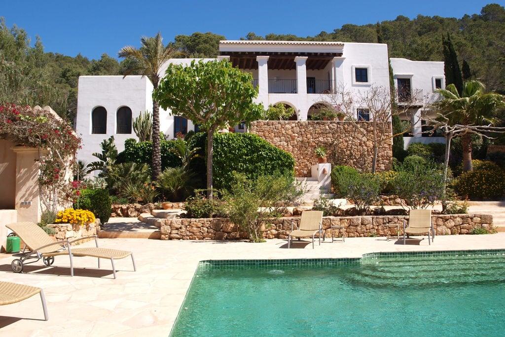 Royaal landhuis op Ibiza met privézwembad en groot terras - Boerderijvakanties.nl