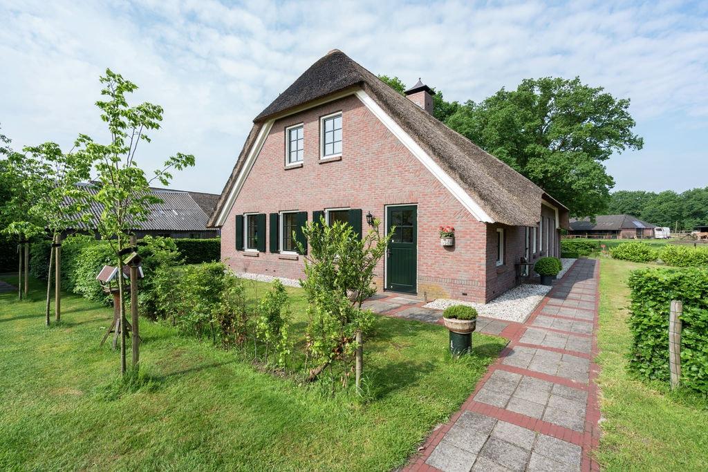 Ruime boerderij voor 20 personen met landelijke inrichting aan het Pieterpad - Boerderijvakanties.nl