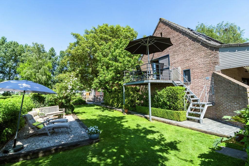 Gezellig appartement in Maldegem met privéterras en vijver - Boerderijvakanties.nl