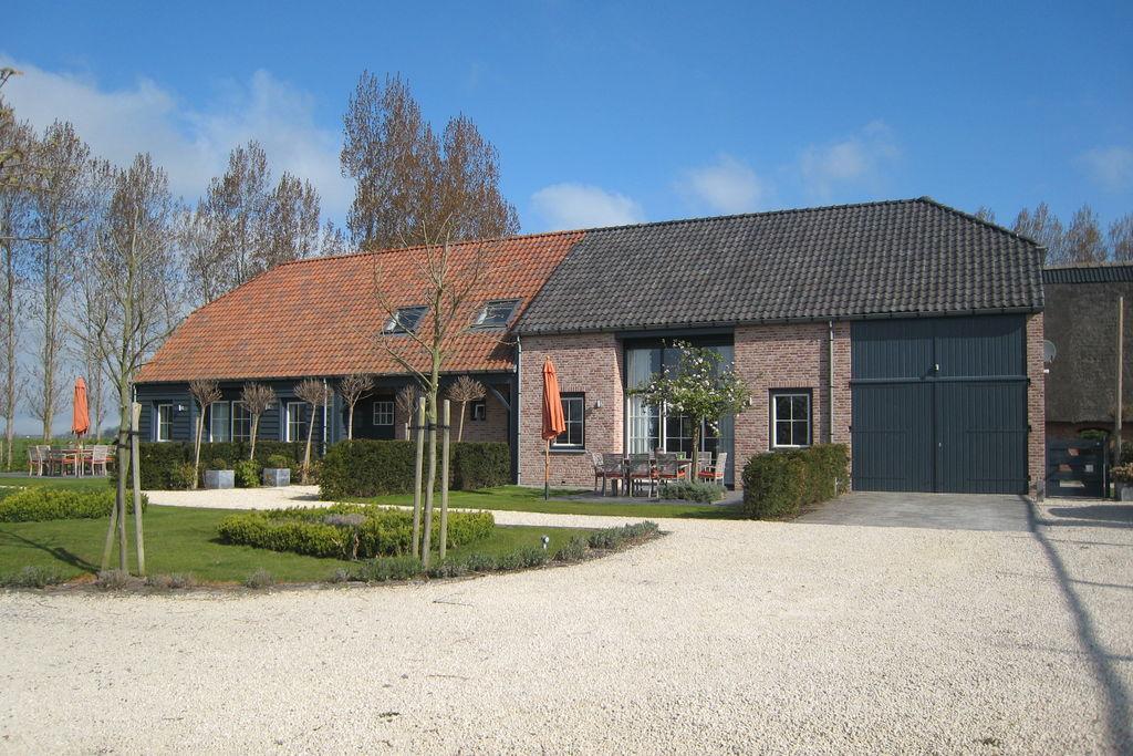 Ruime villa in Sluis met een sauna - Boerderijvakanties.nl