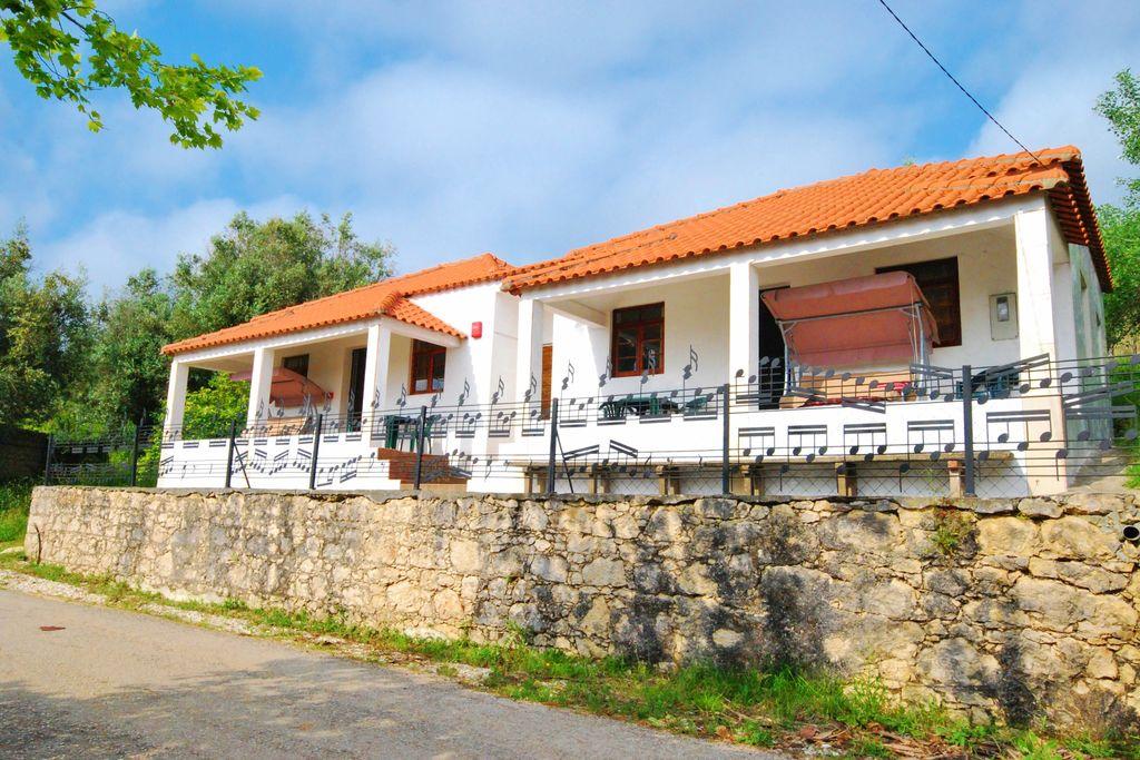Vakantiewoning  huren Centraal Portugal - Vakantiewoning PT-3130-05 met zwembad  met wifi