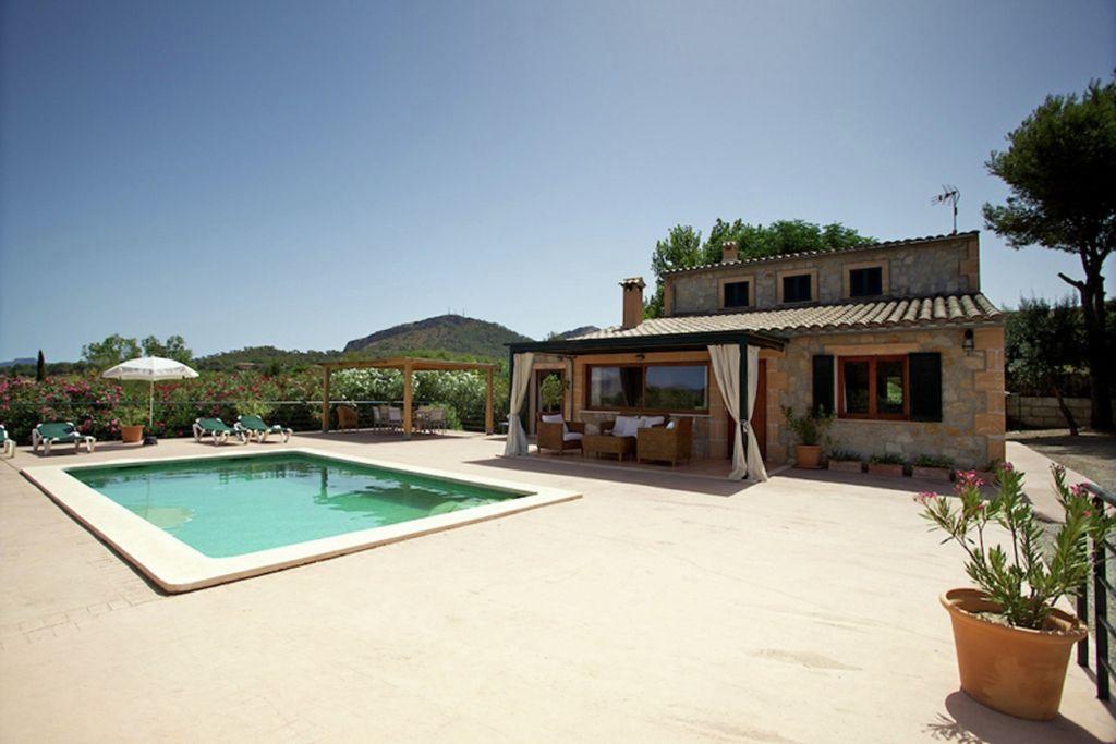 Comfortabel vakantiehuis met privé-zwembad nabij het strand op Mallorca - Boerderijvakanties.nl