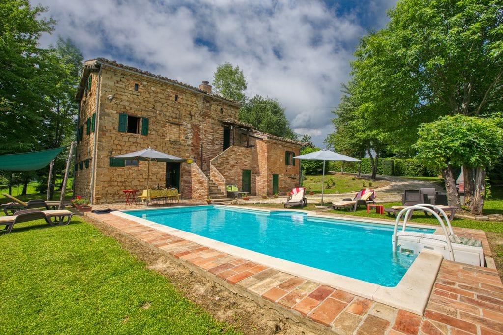 Villa met privézwembad midden in een nationaal park in Le Marche - Boerderijvakanties.nl