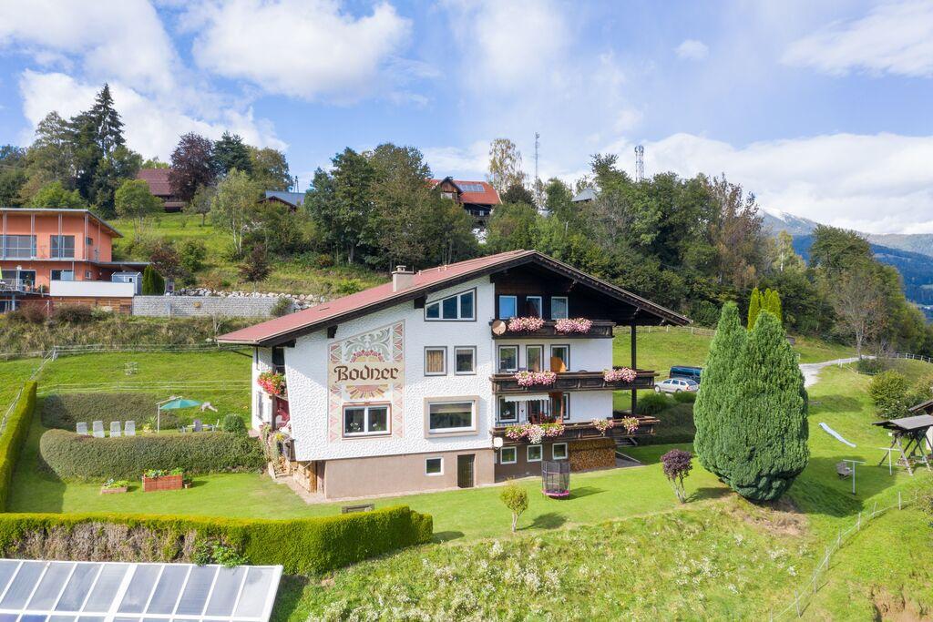 Gezellig appartement in Afritz am See met mooi uitzicht - Boerderijvakanties.nl