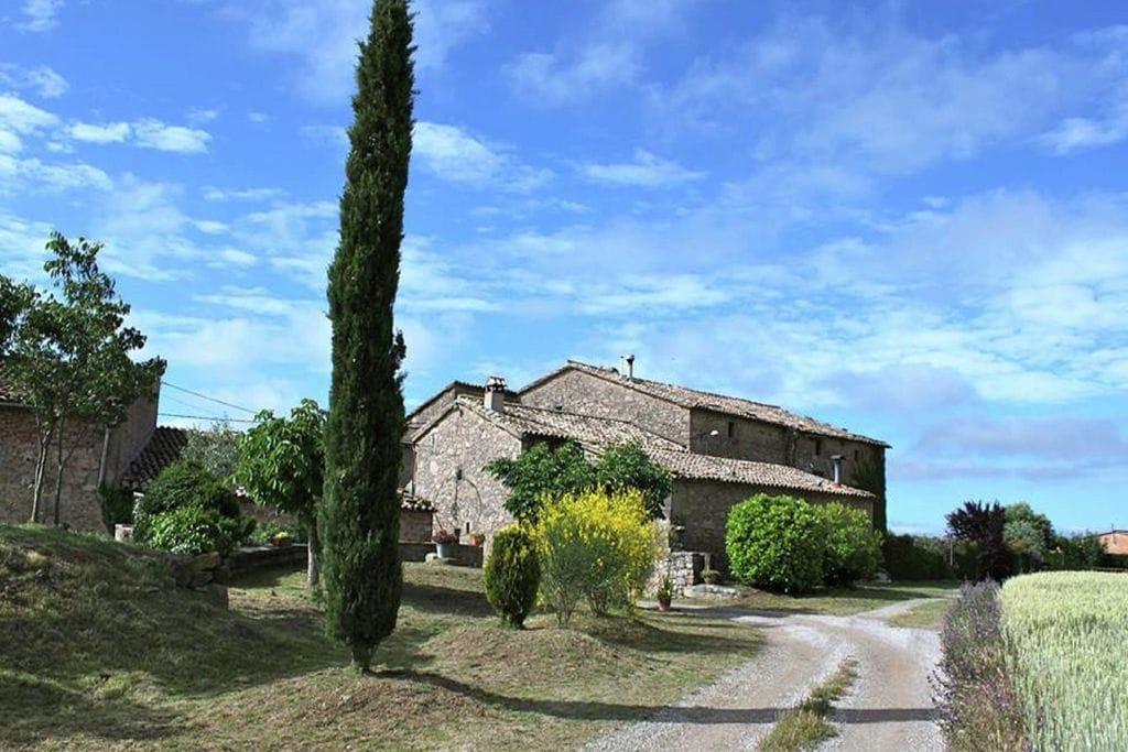 Catalaans landhuis in een klein dorpje dichtbij Montmajor - Boerderijvakanties.nl