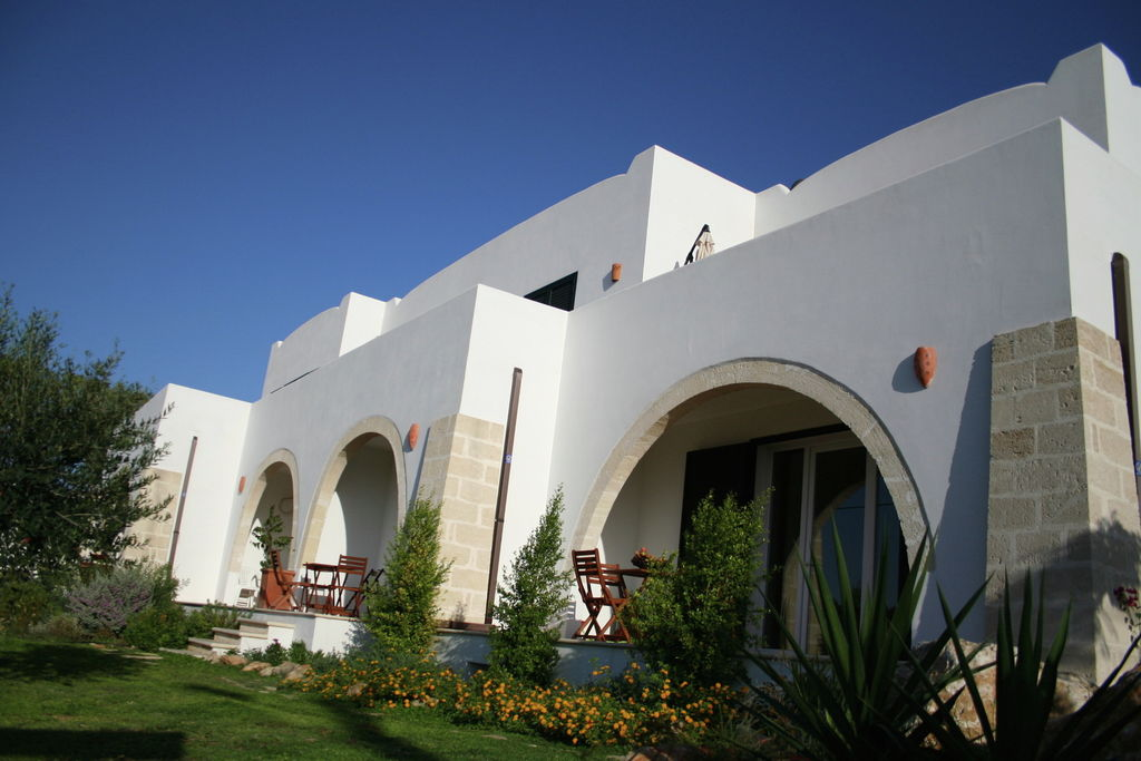 Santa-Maria-al-Bagno- Appartement met zwembad  met wifi te huur
