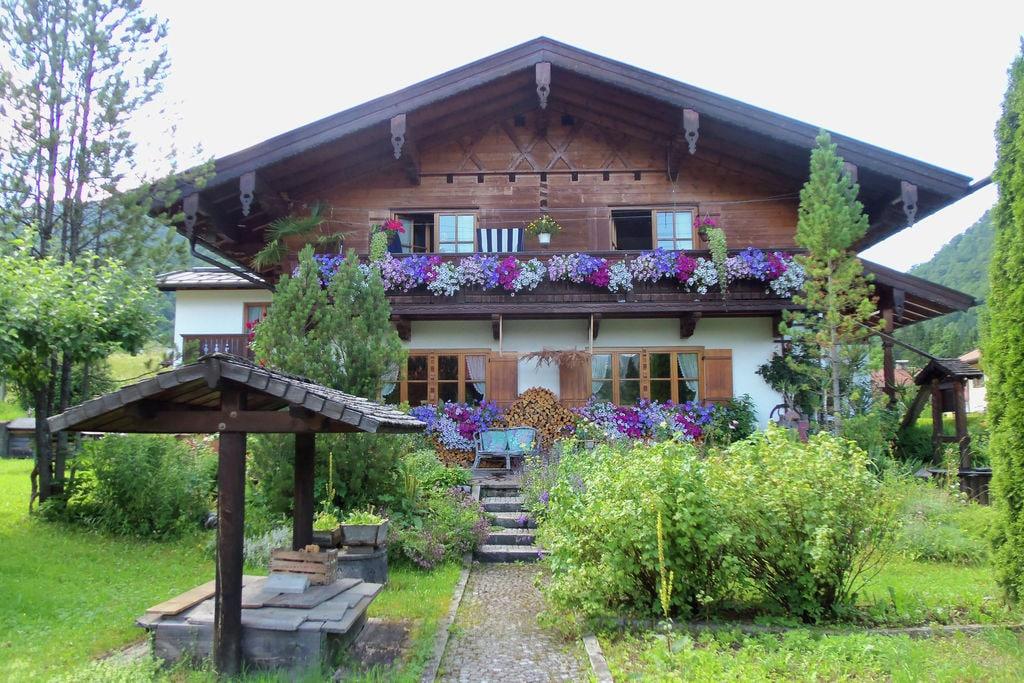 Knus appartement in Beieren nabij een skigebied - Boerderijvakanties.nl