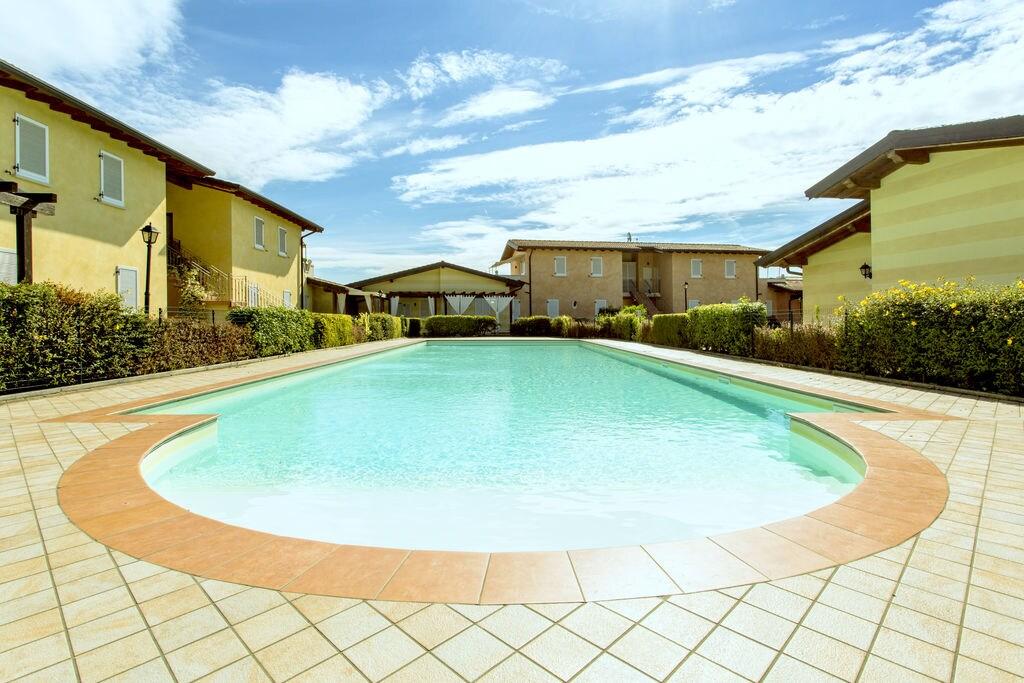 Manerba-del-Garda- Appartement met zwembad  met wifi te huur