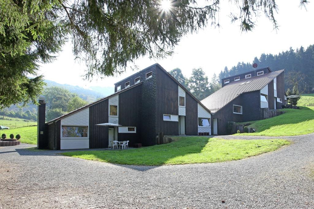 Gezellig vakantiehuis in het Hochsauerland met terras en ligging aan de boskant - Boerderijvakanties.nl