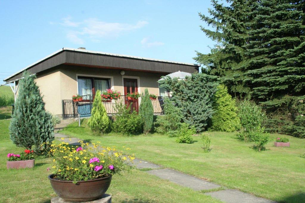 Klein vakantiehuisje met grote tuin vlakbij de Tsjechische grens - Boerderijvakanties.nl