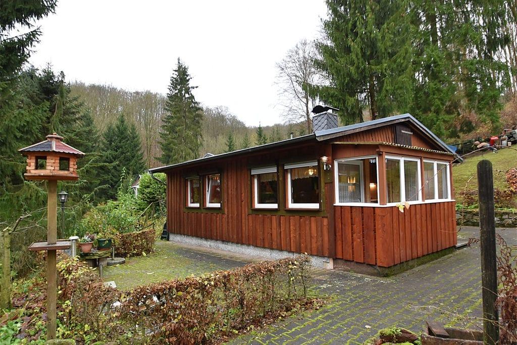 Luxe bungalow in Harz Duitsland met privéterras - Boerderijvakanties.nl
