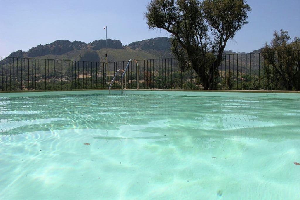 Valencia-de-Alcántara- Vakantiewoning met zwembad  met wifi te huur