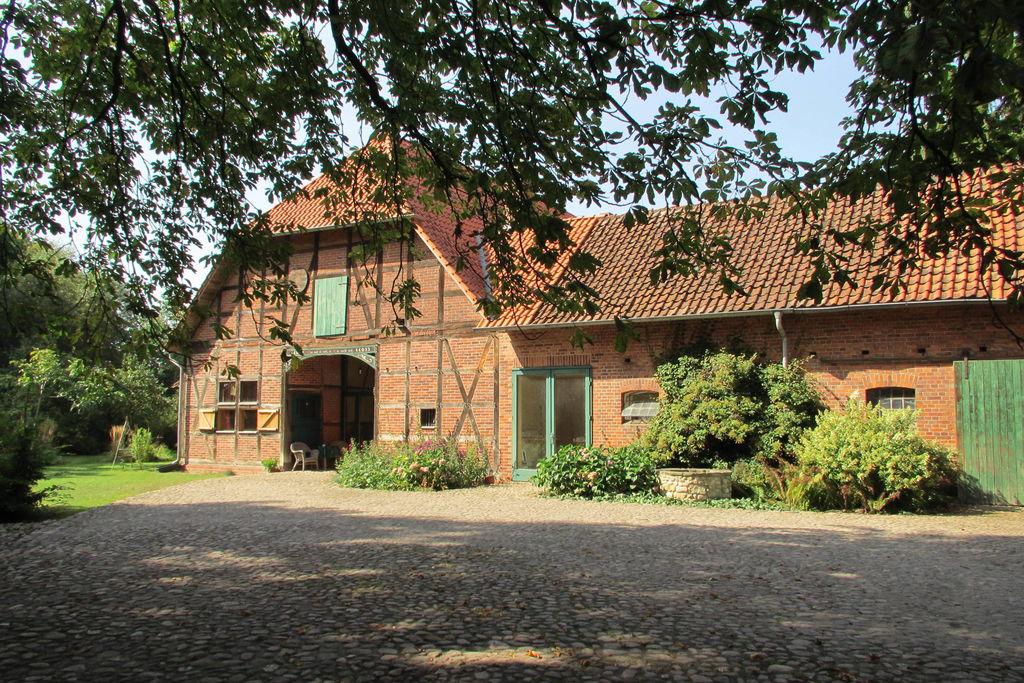 Historische vakwerkboerderij op de Lüneburger Heide met houtkachel - Boerderijvakanties.nl