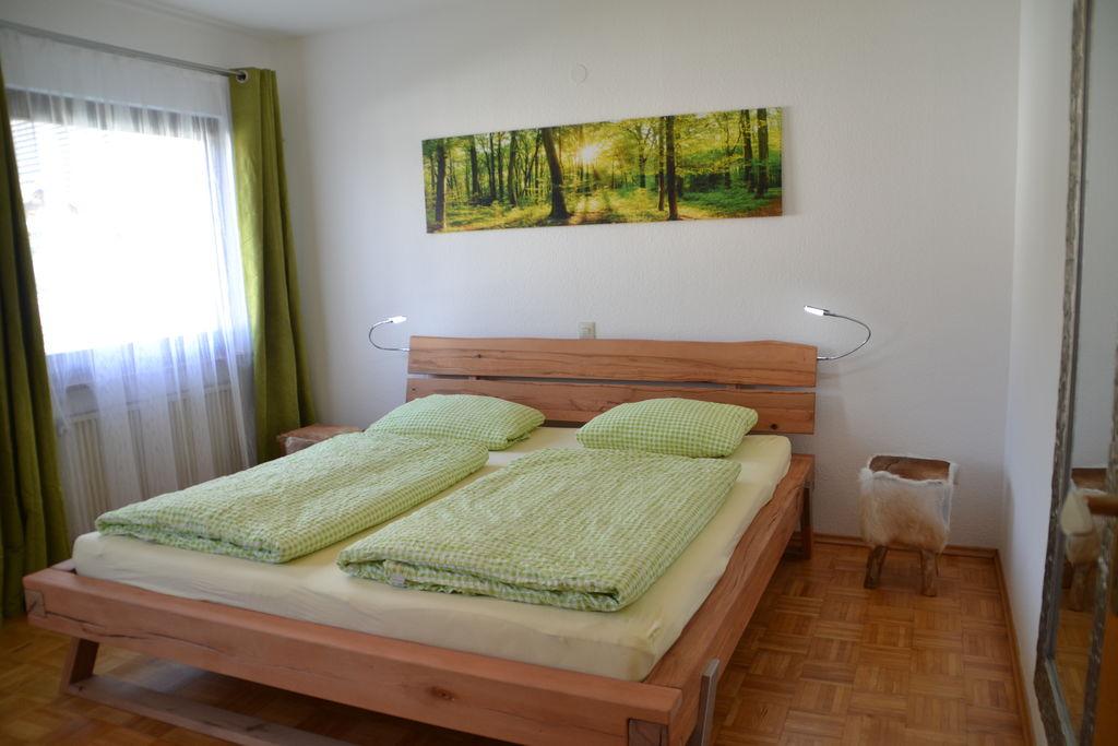 Vakantiewoning met overdekt zitje en mooie tuin in het oostelijke deel van het Zwarte Woud - Boerderijvakanties.nl