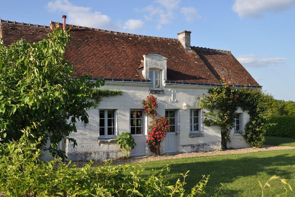 Karakteristiek, vrijstaand vakantiehuis met zwembad bij de kastelen van de Loire - Boerderijvakanties.nl