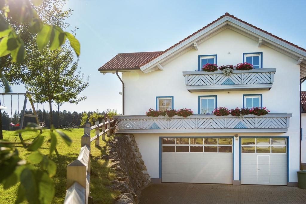 Boerderij huren in Allgau -   met wifi  voor 4 personen  Het huis Am Berghof ligt op het er..