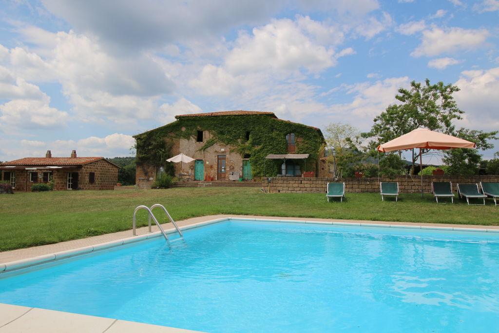 Rustig gelegen appartement in Toscane met zwembad en terras - Boerderijvakanties.nl