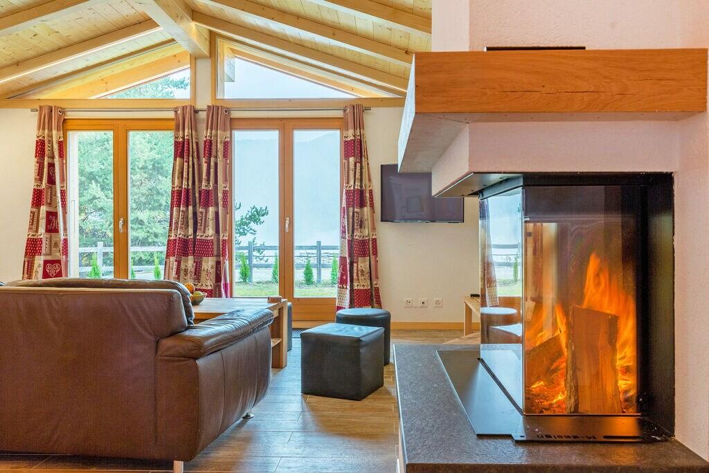 Comfortabel chalet met sauna en panoramisch uitzicht, aan rand van La Tzoumaz - Boerderijvakanties.nl