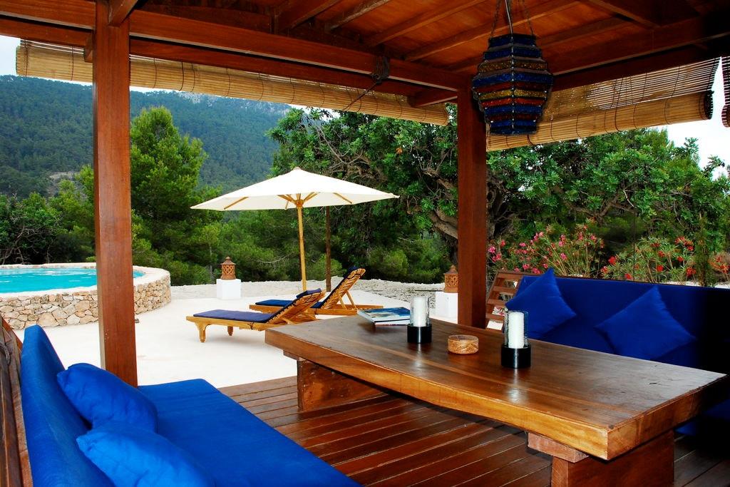 Bijzonder vakantiehuis in San José met tuin en zwembad - Boerderijvakanties.nl