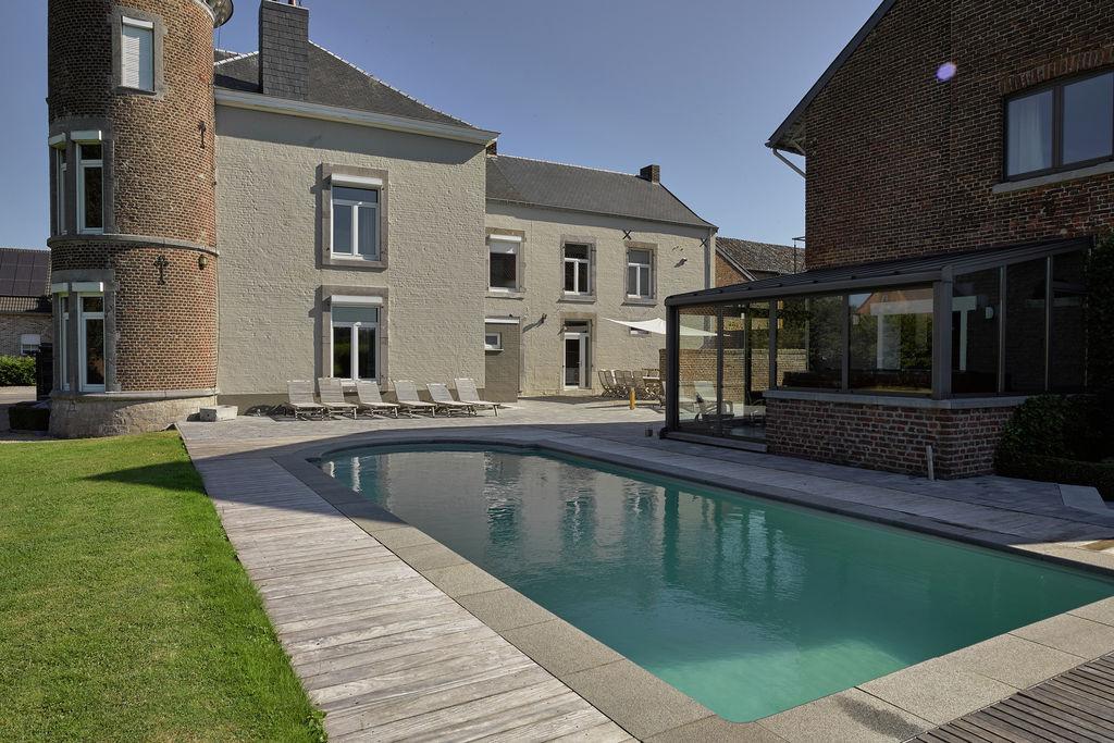Kasteel huren in Luik - met zwembad  met wifi met zwembad voor 14 personen  Bijzondere kasteelwoning voor 14 p..
