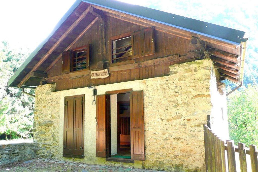 Een rustieke berghut op een zonnige en ideale locatie in Dolomieten - Boerderijvakanties.nl