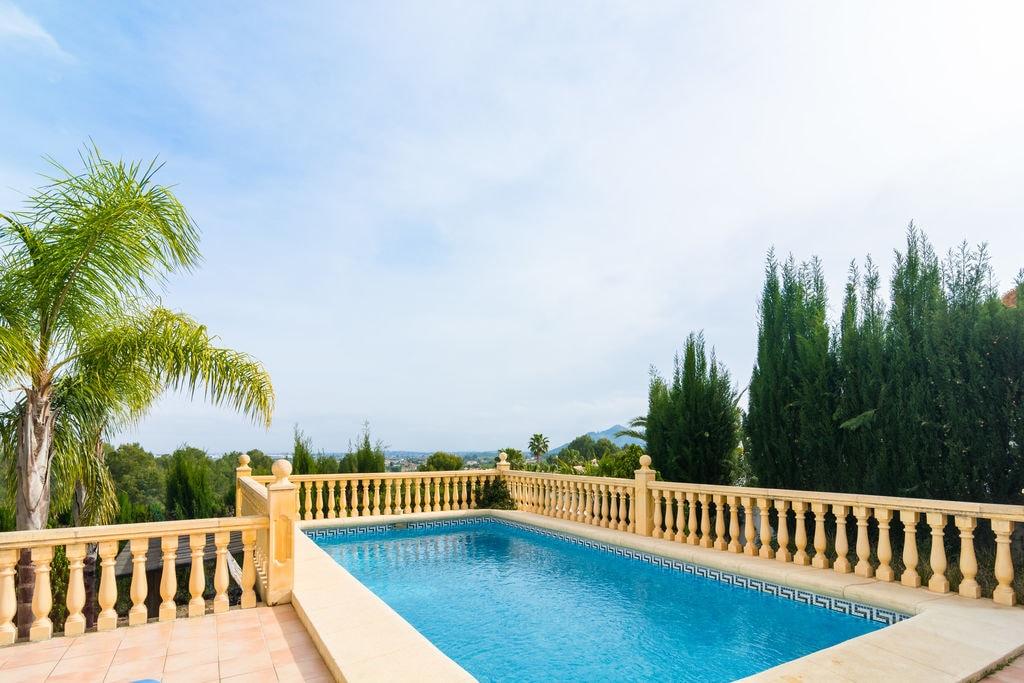 Vrijstaande villa met privézwembad in Pedreguer - Boerderijvakanties.nl