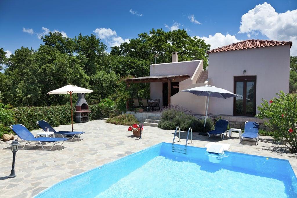 Luxueuze villa met privézwembad, volop privacy, zeezicht bij Rethymnon, NW Kreta - Boerderijvakanties.nl