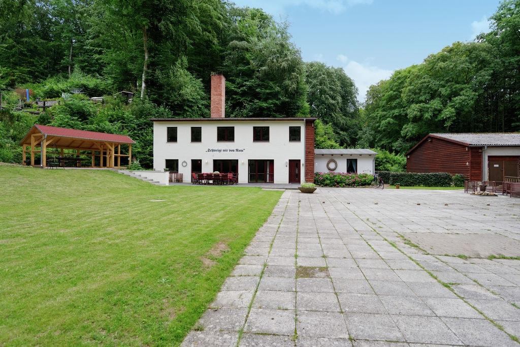 Luxueus vakantiehuis in Bad Stuer in een bosrijke omgeving - Boerderijvakanties.nl