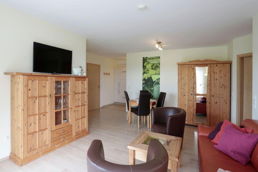 Comfortale appartement tussen Willingen en Winterberg met eigen terras - Boerderijvakanties.nl