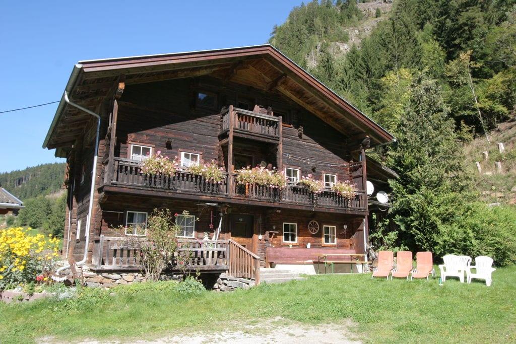 Rustiek vakantiehuis in Osttirol met tuin en terras - Boerderijvakanties.nl