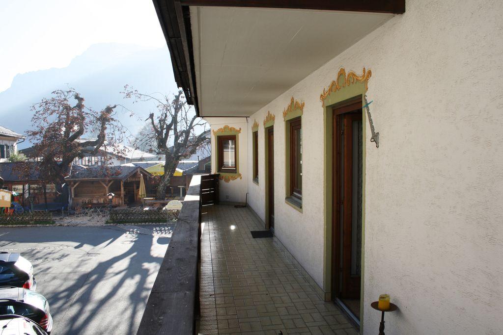 Prachtig appartement in Waidring met uitzicht op de bergen - Boerderijvakanties.nl