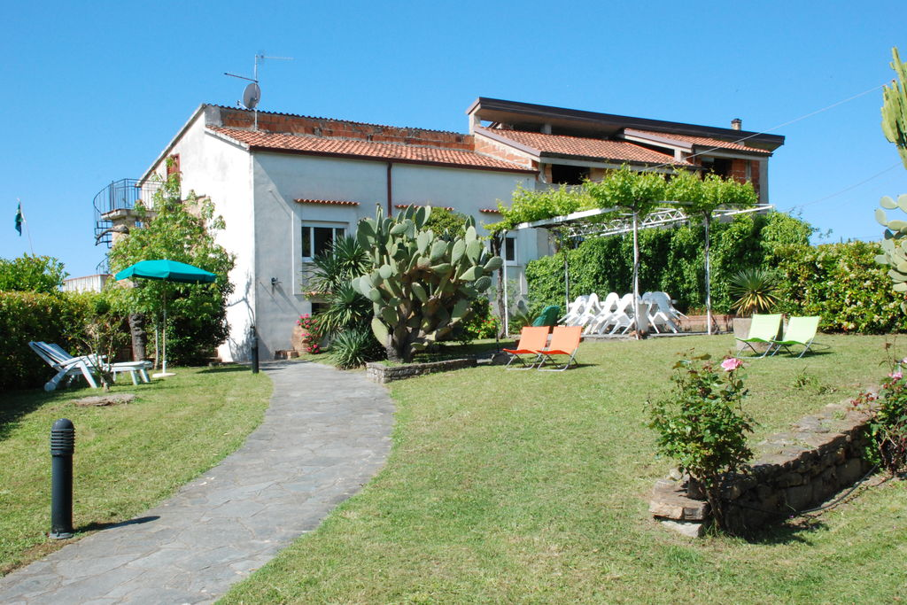 Vakantiewoningen Campania te huur Velia-di-Marina-di-Ascea- IT-84052-01   met wifi te huur