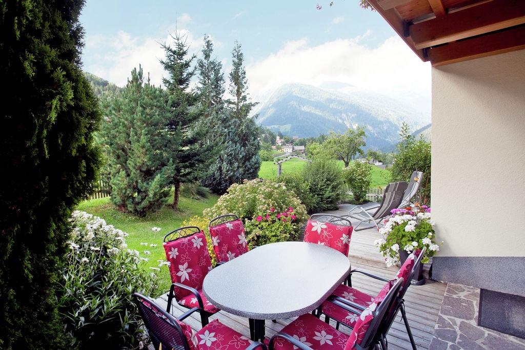 Sfeervol appartement in Tirol met balkon met uitzicht - Boerderijvakanties.nl