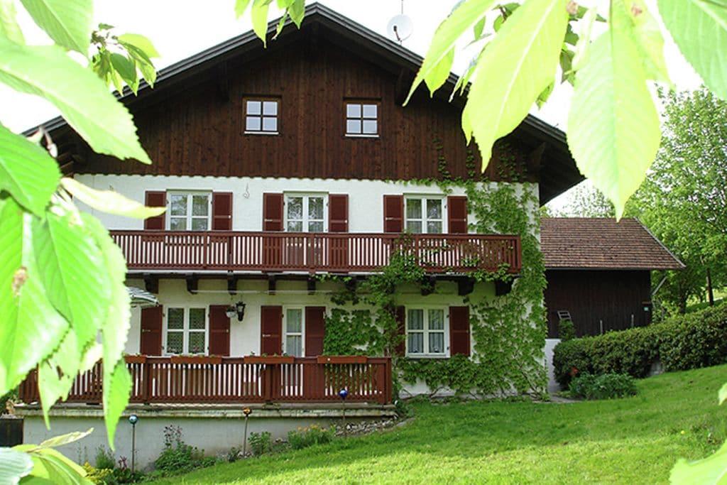Comfortappartement met balkon in het mooie Beierse Woud - Boerderijvakanties.nl
