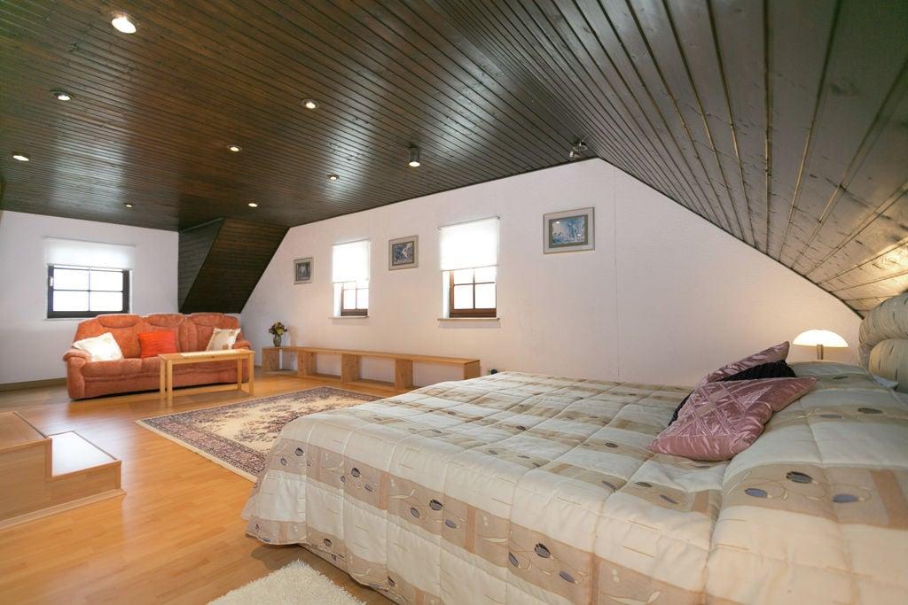 Vakantiewoning Tudor Lodge in boerderij in Masterhausen. - Boerderijvakanties.nl