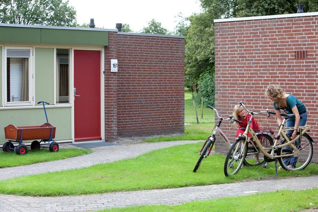 Vakantiewoning huren in Limburg - met zwembad  met wifi met zwembad voor 6 personen  De vernieuwde, comfortabele, gesch..